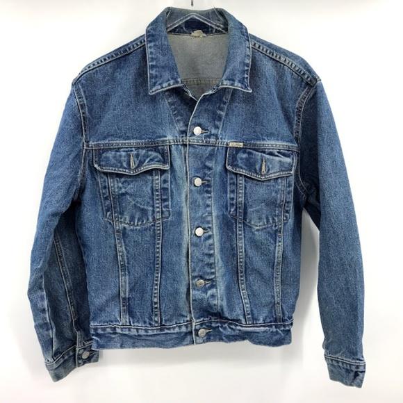 d0ca3fa17bb Guess Jackets & Coats | Womens Trucker Denim Jean Jacket S | Poshmark